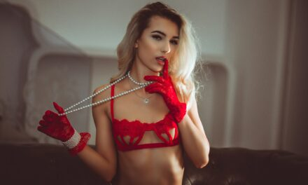 sultry and seductive – daiana elton