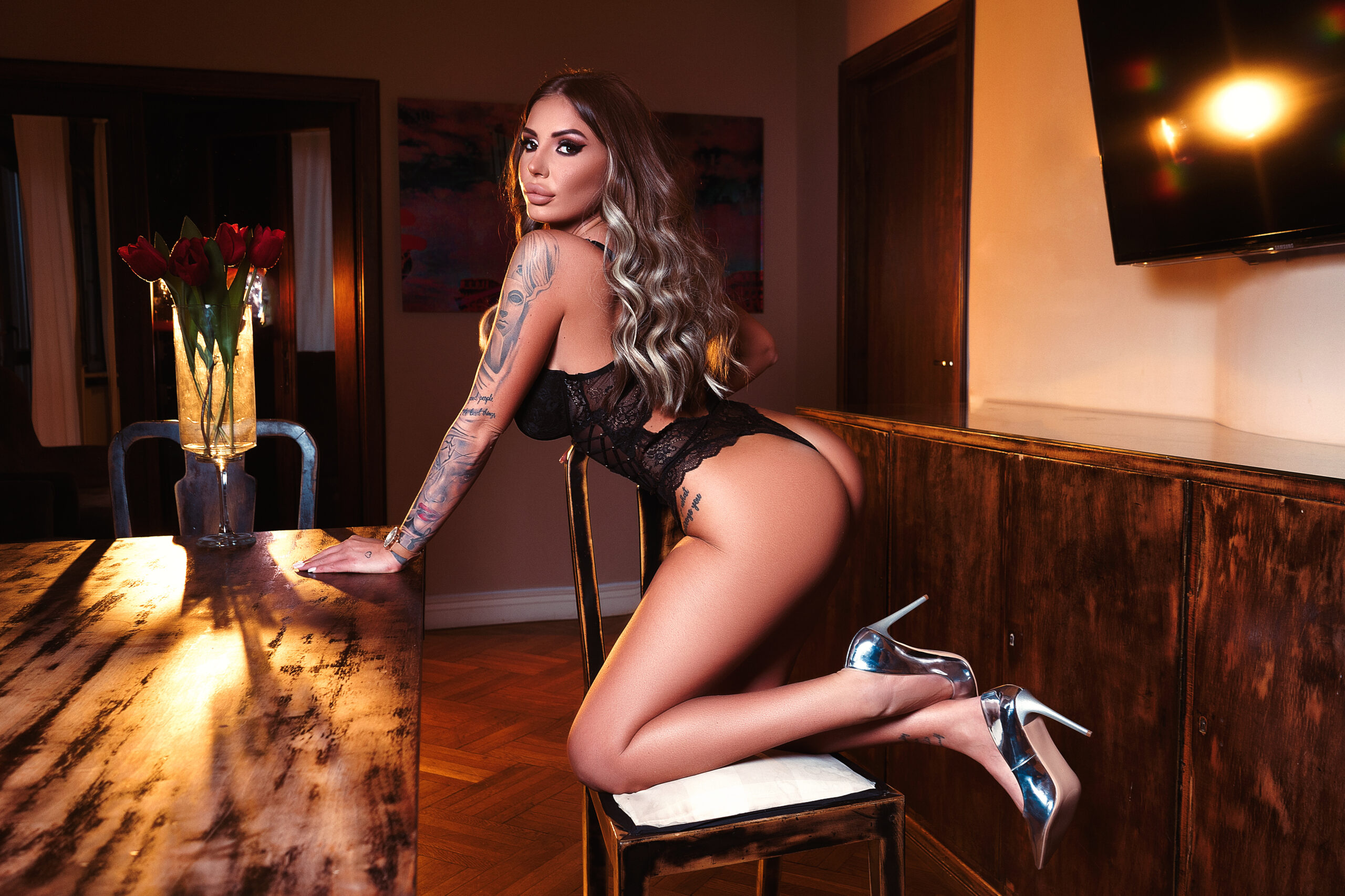 RAQUELLE SHARON – A QUEEN IN NEED OF WORSHIP